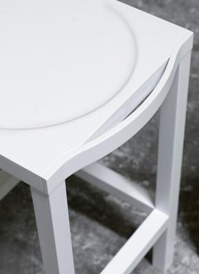 Simple sgabello design Alessio Bassan